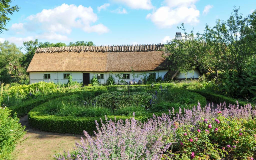 Gamlegårds trädgård